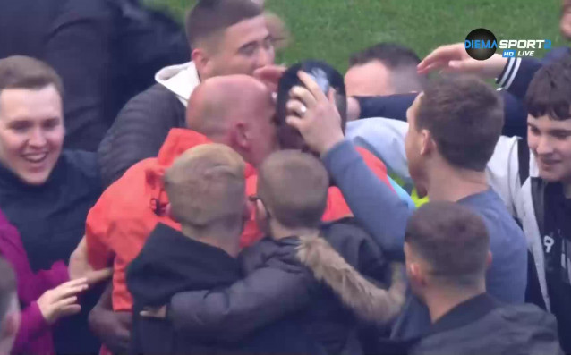 Феновете на Манчестър Сити имаха възможност да отпразнуват подобаващо титлата