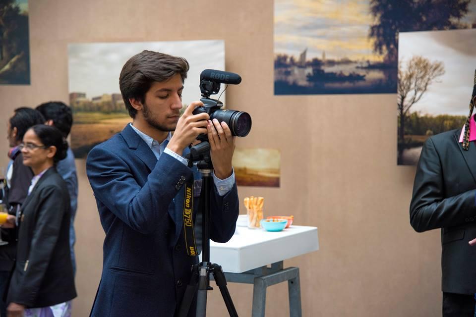 Заедно със свой приятел Мартин създава компания за документални филми в Холандия. Близо 4 години снимат в Азия, Африка, Западна и Източна Европа.