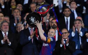 """""""France Football"""" се извини на Андрес Иниеста"""