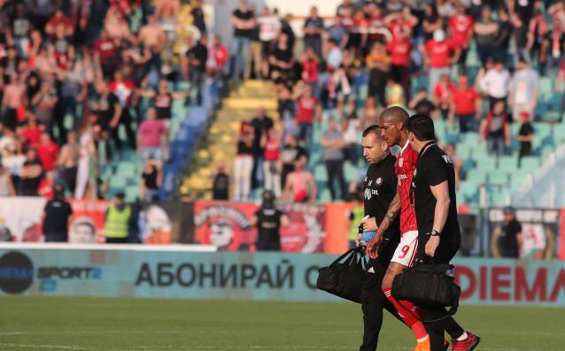 Голмайсторът на ЦСКА Фернандо Каранга е със скъсана вътрешна връзка