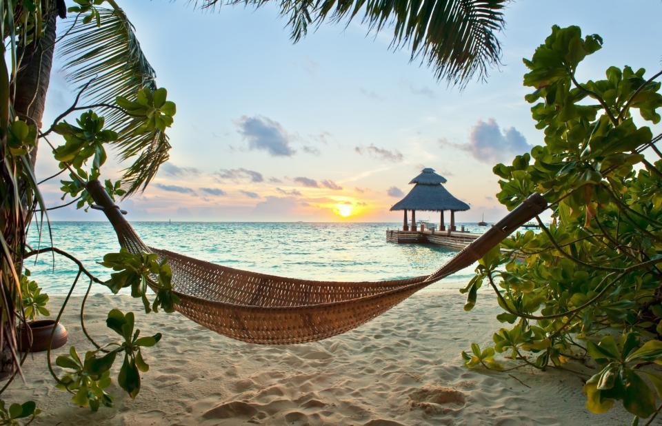 Сейшелите и Малдивите могат да изчезнат от лицето на планетата. Учени увериха, че желаещите да посетят някои от най-популярните места за отдих на нашата планета имат на разположение не повече от 10 години, за да го сторят.