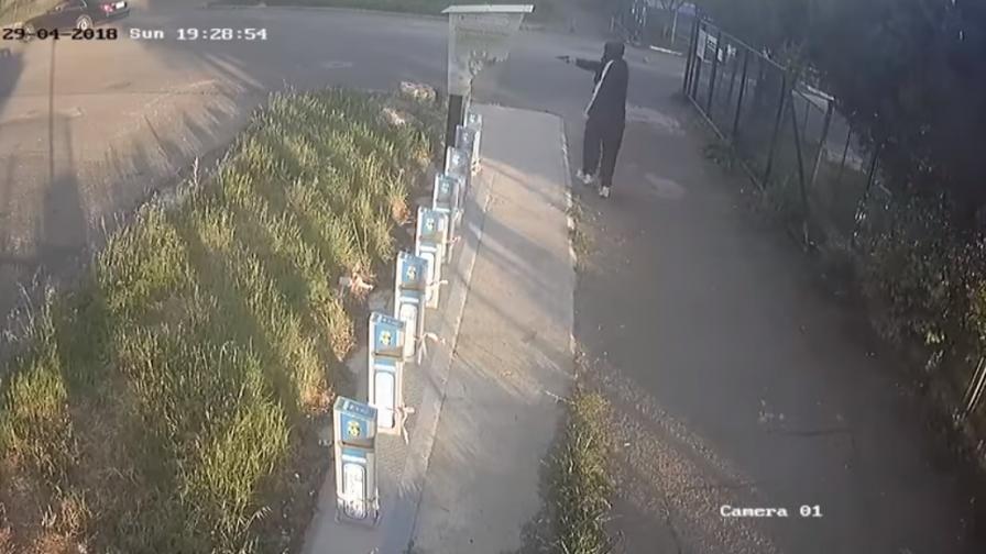 22-годишен стреля по велостоянка в Бургас