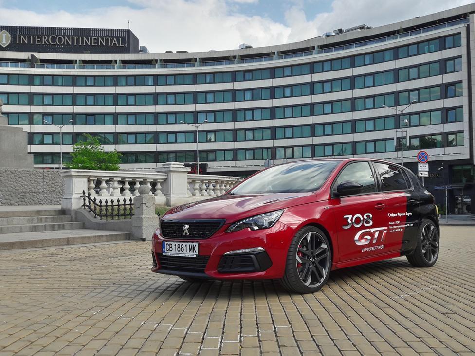 - Peugeot 308 GTi е класически представител на т. нар. горещи хечбеци. Горещи, защото придават на един семеен автомобил излъчване, което приковава...