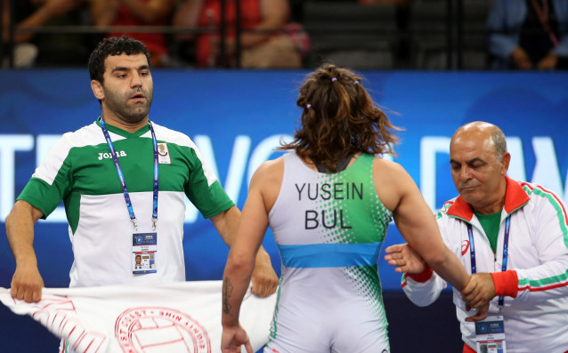 Петър Касабов (вдясно)<strong> източник: bul-wrestling.org</strong>