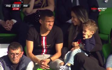 Жоао Пауло гледа дербито, чака и той медал