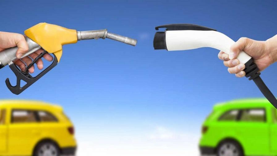 <p>ЕС е ясен: бъдещето принадлежи на електромобилите</p>