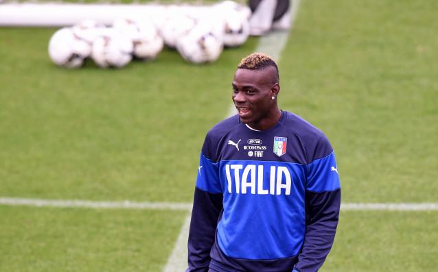 Новият селекционер на Италия Роберто Манчини спази обещанието си и