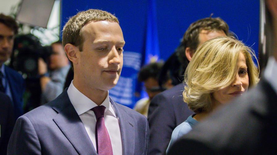 Зукърбърг: Facebook не продава данните ви