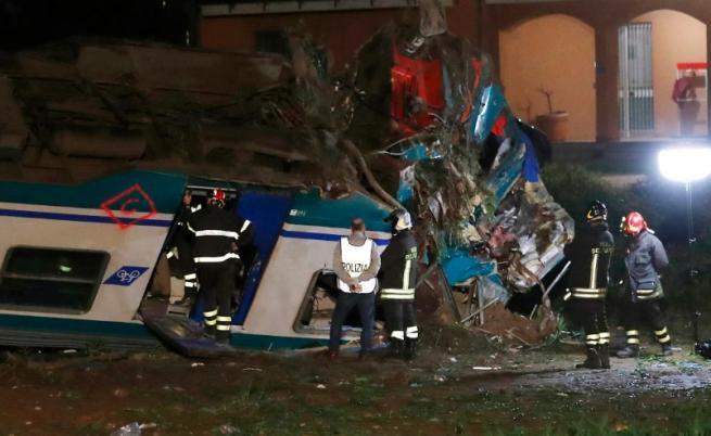 Тежка влакова катастрофа в Италия, има загинали (ВИДЕО)