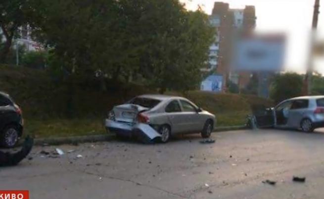 Шофьорът с 3 промила, помел коли, не е съгласен с пробата