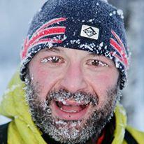 Голямата му мечта е да прекоси Антарктида сам. От единия край на континента до другия.