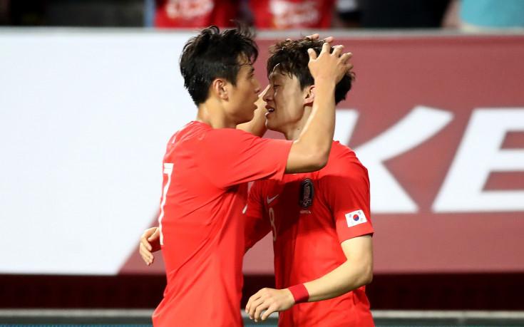 Корейският треньор обяви 23-имата, оплака се от липса на отборен дух