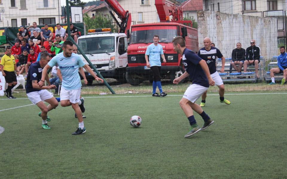 Ясни са финалистите в родната Шампионска лига по минифутбол