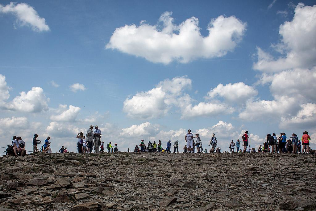 Кърконошният бирен път свързва шест местни пивоварни в рамките на 35 километра. Те са разположени в масива Кърконоше, най-високата част на Судетите. В масива се намира изворът на река Елба. На територията на масива е разположен Кърконошкият национален парк (в Полша и Чехия, с площа 36,3 хил. ха, основан през 1963 г.). Кърконоше е популярен като център за ски-спортове (курортите Пец под Снежка, Шпиндлерув Млин, Янске Лазне, Харахов, Карпач, Шклярска Поремба и др.)