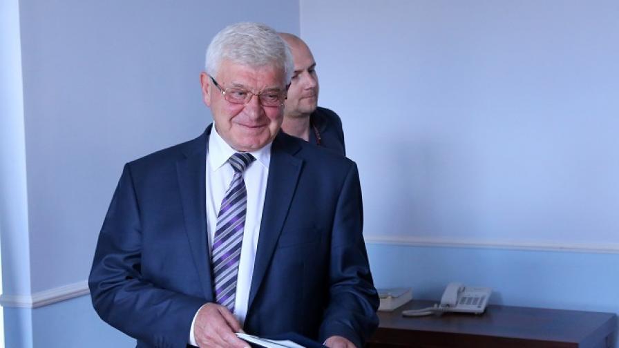 Здравният министър обеща електронна рецепта до 2019 г.