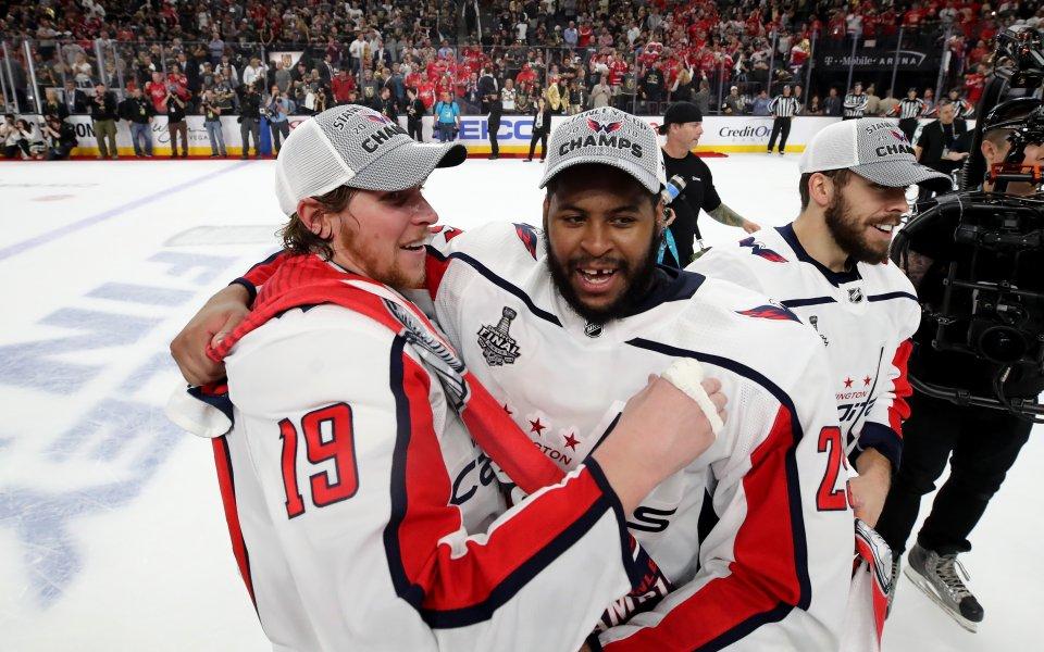 Шампионът Вашингтон със 7-а поредна победа в НХЛ