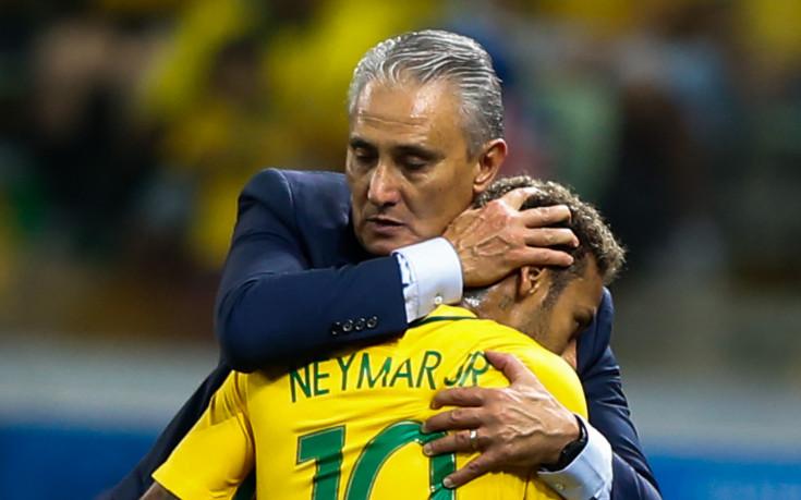 Реал пробва да отмъкне селекционера на Бразилия в комплект с Неймар