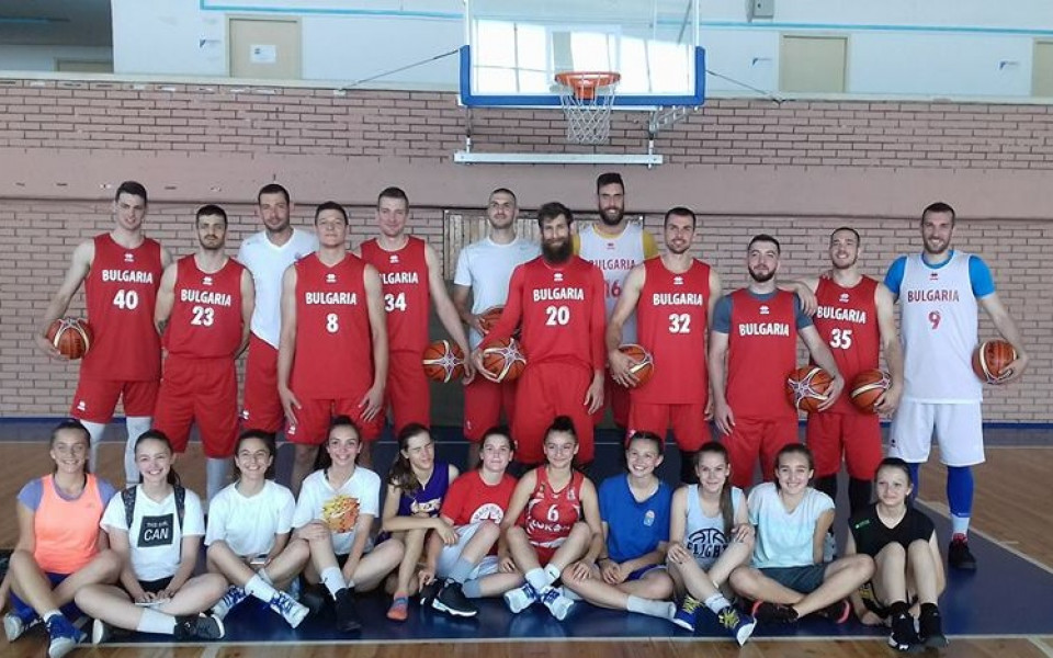 Баскетболисти и футбол: Прогнозите на националите