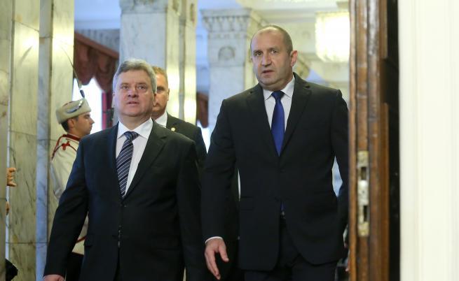 Иванов отговори на Борисов, Радев с критики