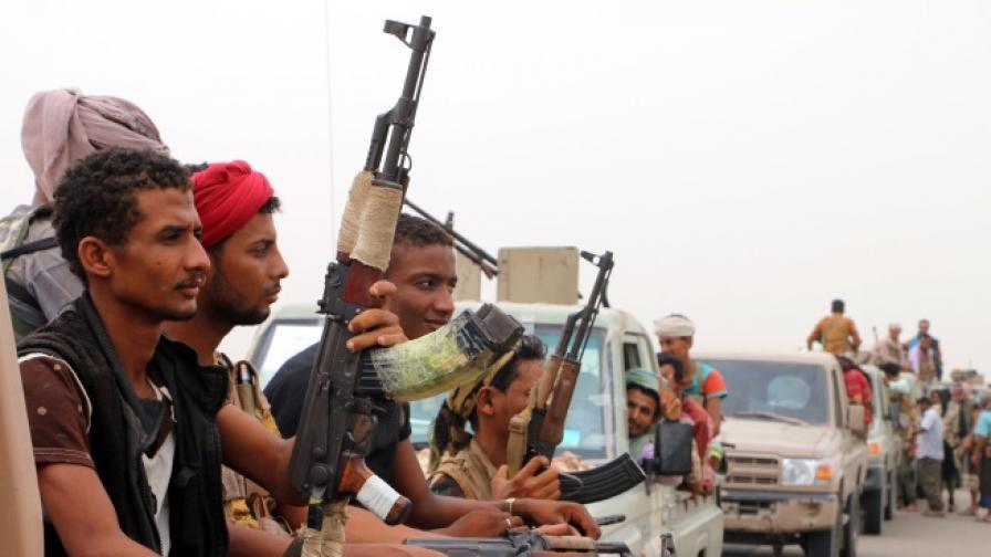 """Саудитска Арабия и ОАЕ започнаха битката за """"йеменския Мосул"""""""