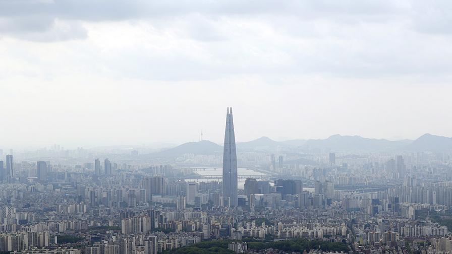 <p>Майка и дете от КНДР умрели от глад в Сеул</p>