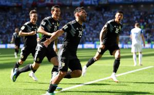 Сампаоли подготвя мини революция за мача срещу Хърватия