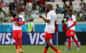 Пълчища комари изтормозиха играчите на Англия и Тунис