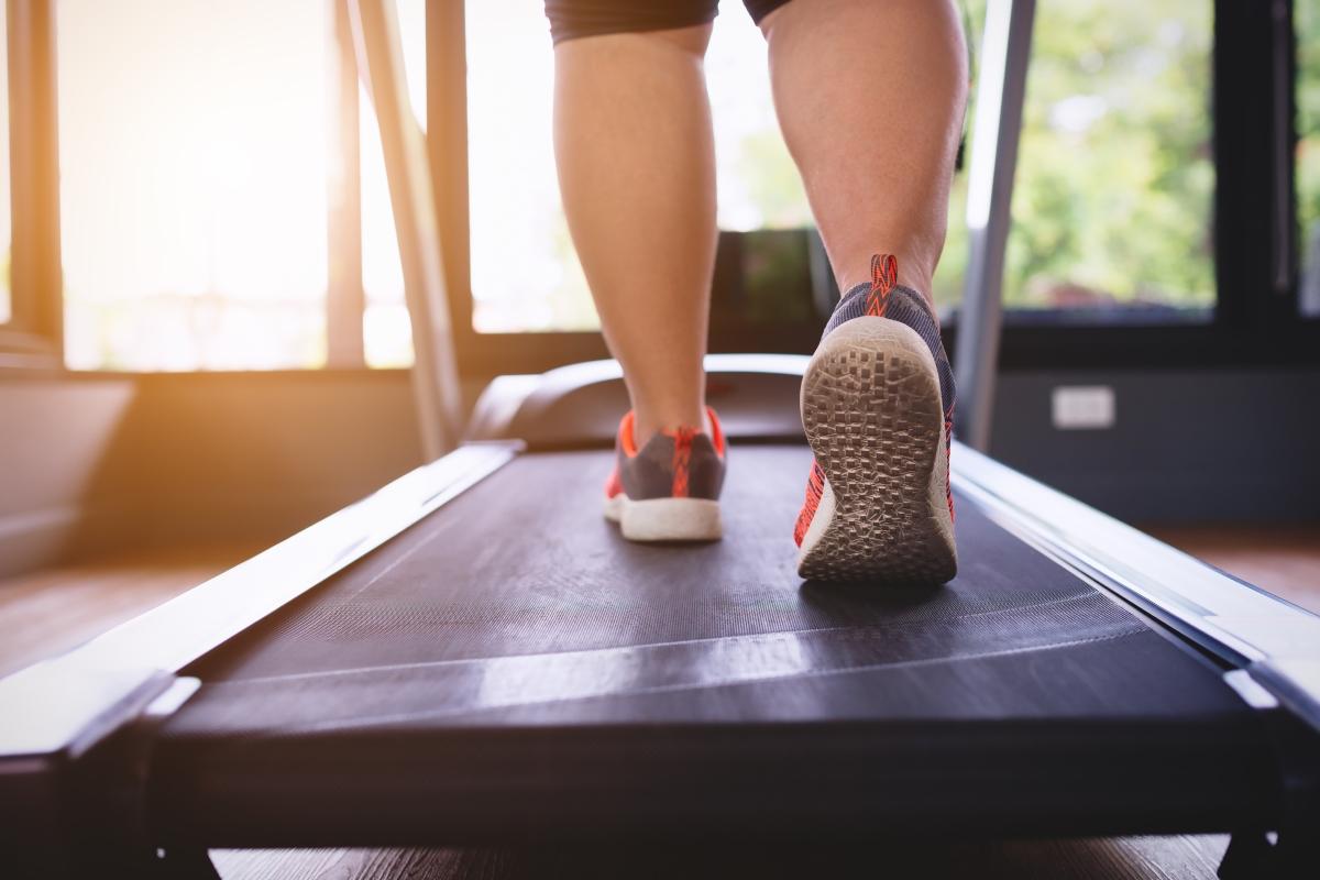 По-добре е да се упражнявате сутрин. Тогава тялото гори калории много по-бързо.