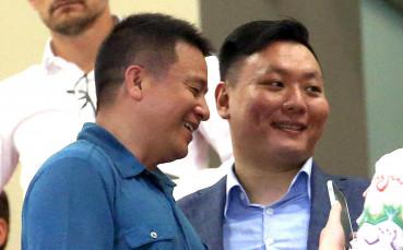 Йонхон Ли става миноратирен акционер в Милан?