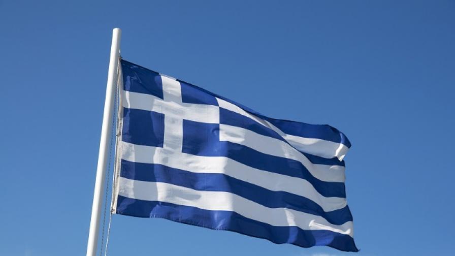 Гърция ще дава по 2000 евро за новородено дете