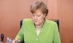 Меркел: Никой няма интерес само Германия да е силна - Теми в развитие | Vesti.bg