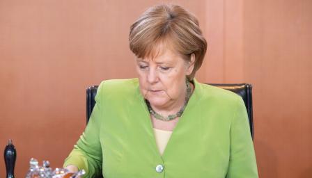 Почна се, Меркел даде зелена светлина за Македония
