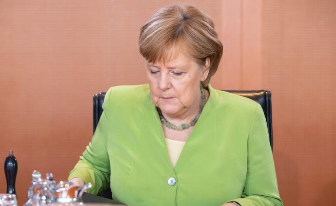 Тежко решение на Меркел след загубата в Хесен