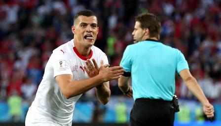 Пълен обрат: Шакири разплака Сърбия в 90-ата минута