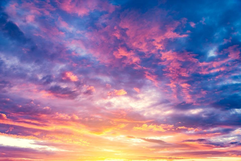 небе обаци залез