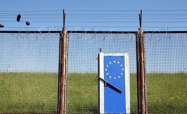 Австрия и Италия се заканиха: Затварят вратите си за мигранти