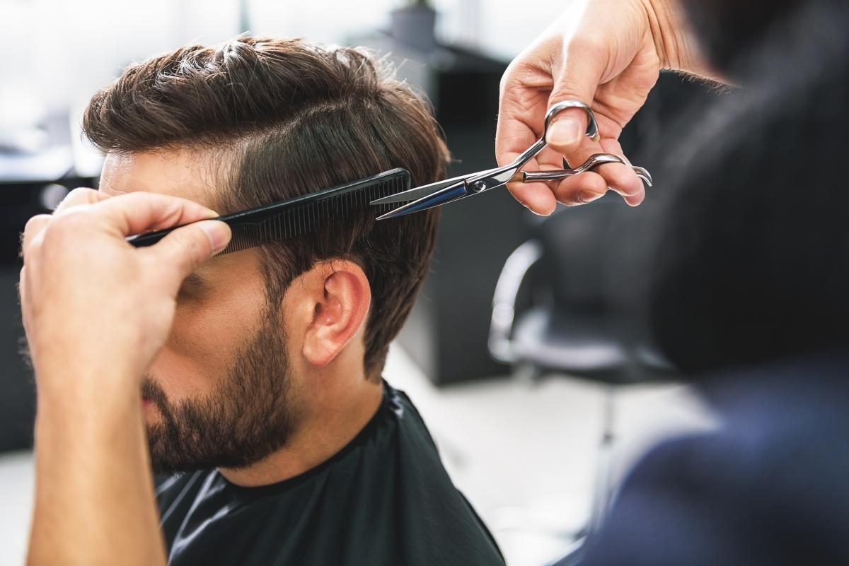 Според хиндусите да подстрижеш косата си в събота носи нещастие.