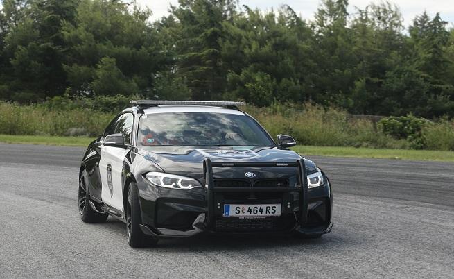 """BMW M2 Interceptor изглежда супер атрактивно, излязъл сякаш от сценарий на Майкъл Бей за """"Трансформърс""""."""