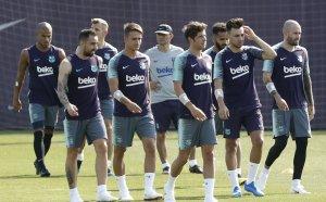 Барселона обяви рекордни за футбола приходи от почти €1 млрд.