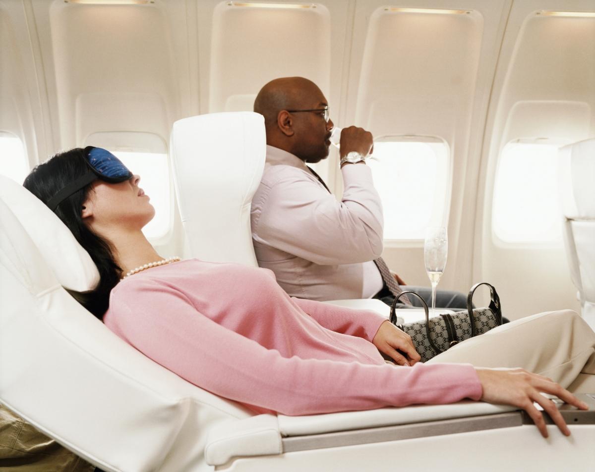 Облегалките на седалката също попадат в класацията за най-мръсни места.