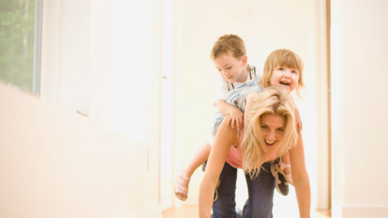 деца родител майка игра