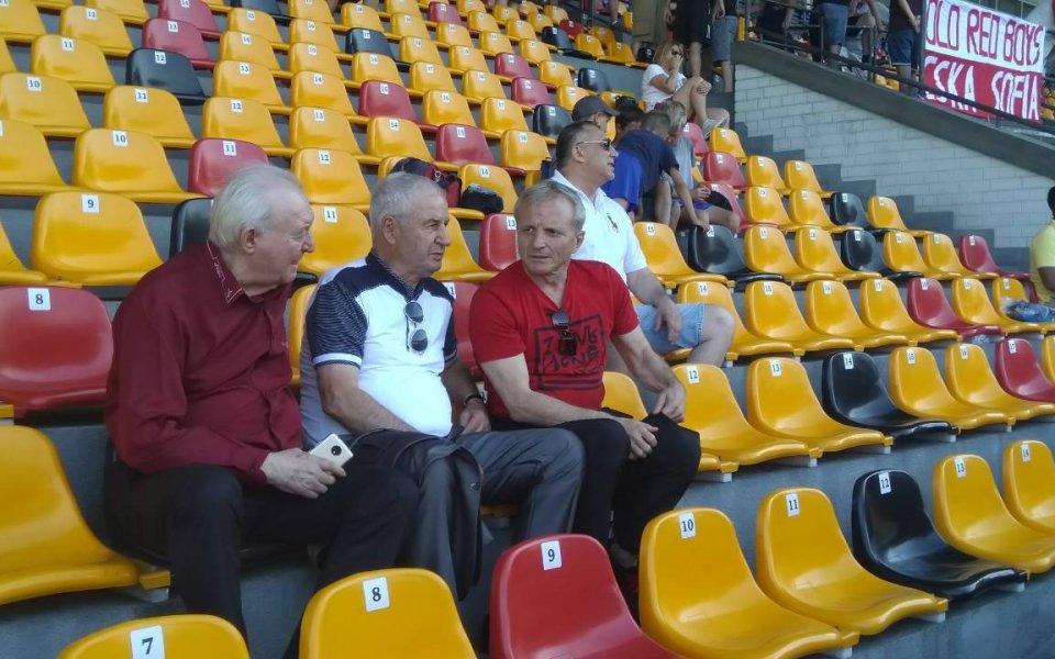ЦСКА тренира пред погледа на Гриша Ганчев в Рига