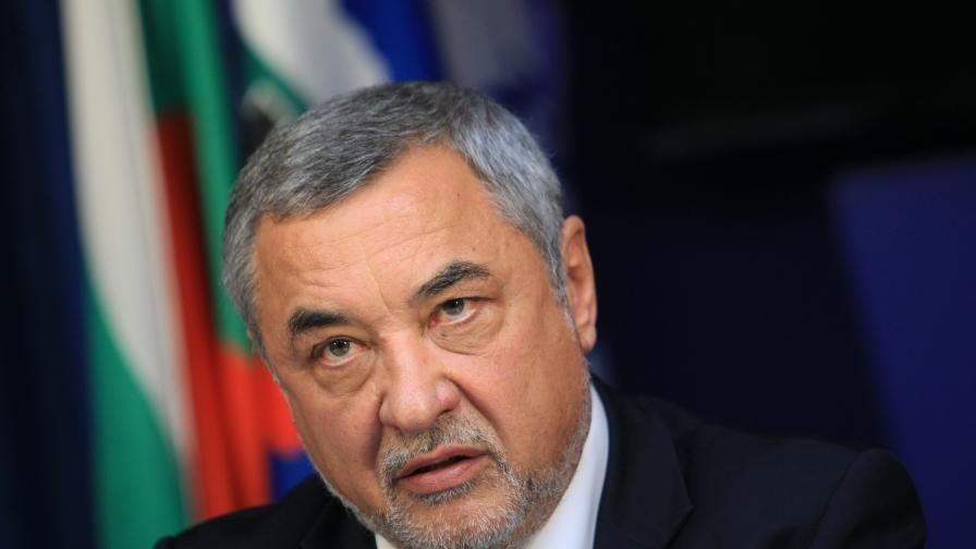 Валери Симеонов стана зам.-шеф на енергийната комисия като депутат