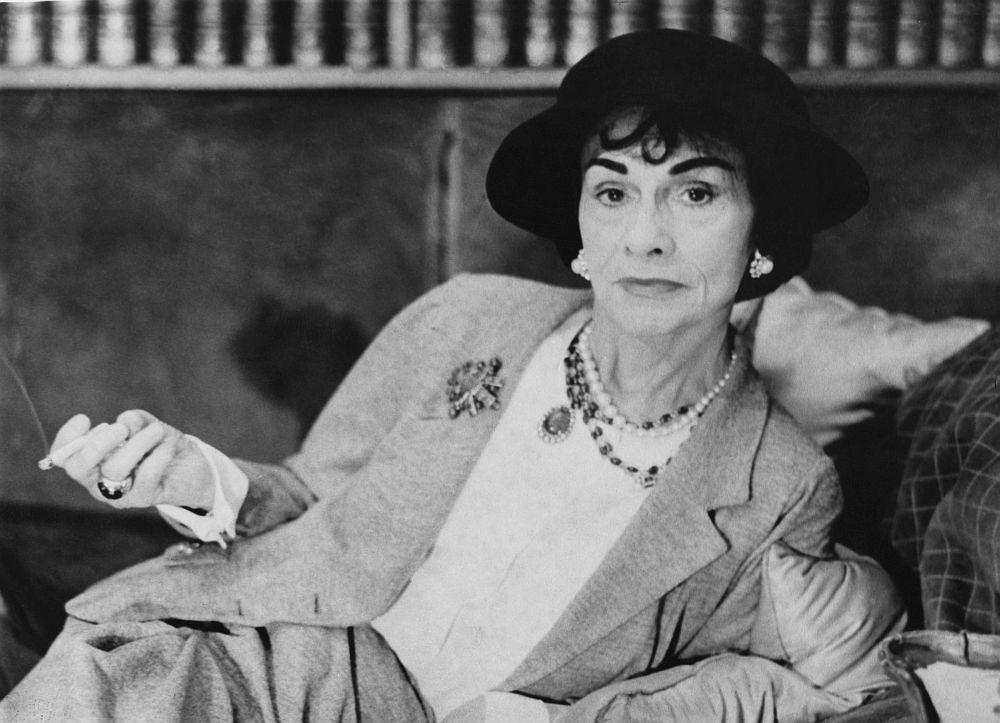 """Коко Шанел умира в хотелската си стая в """"Риц"""", която е била неин дом в продължение на 30 години."""