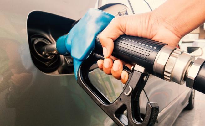 Нов скок на цените на горивата в България
