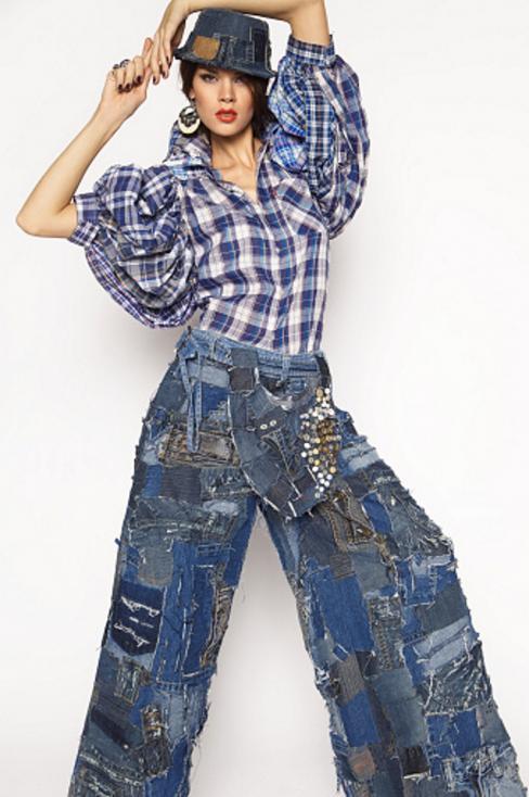 - Пачуъркът отново се завръща сред моделите дънки на различни модни брандове.