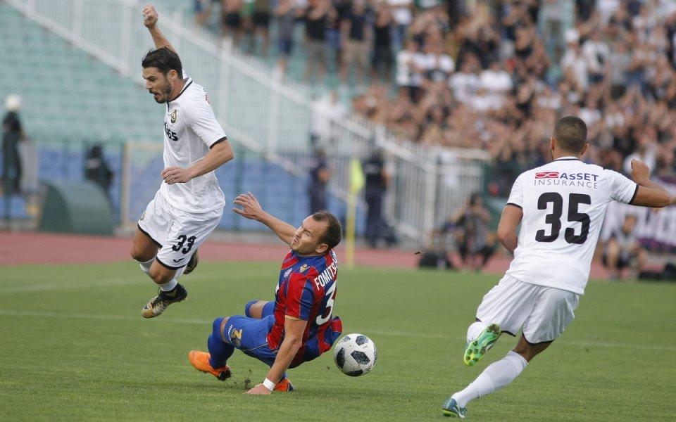 Бялата приказка на Славия в Лига Европа приключи