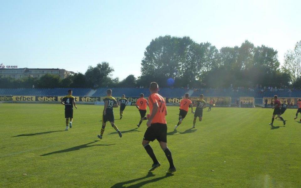 Поморие обърна Литекс във Втора лига