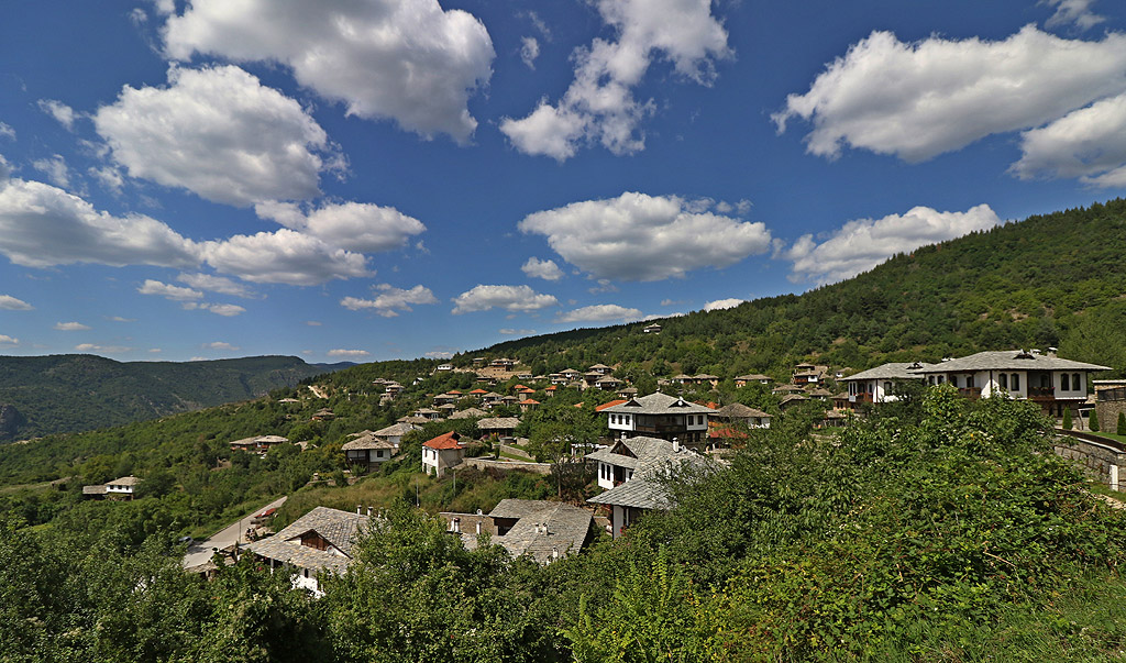 Село Лещен