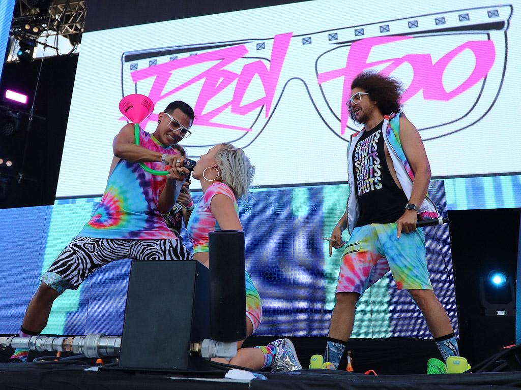 Редфу на сцената на MTV Presents Varna Beach